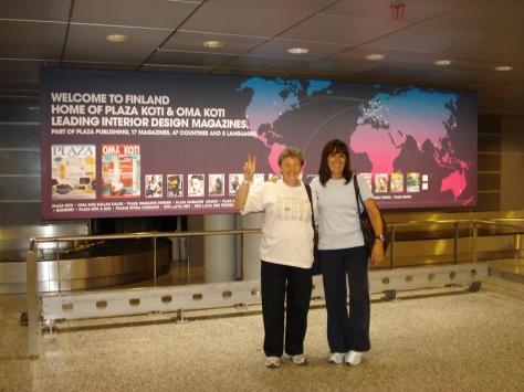 Con Tere Liras, a nuestra llegada a Finlandia.