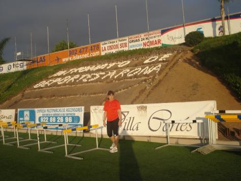 Este fin de semana se celebra el campeonato de España de pista cubierta en Zaragoza. Después de los resultados del gallego, espero mejorar y por consiguiente obtendria records de España si ganase, a eso vamos. Ya contaré